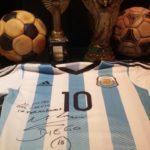 Maglietta di Maradona con dedica