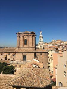 Sant'Andrea delle Fratte vista dal roof garden della Rinascente