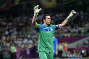 L'Italia nel pallone, Gigi Buffon