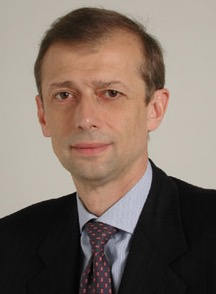 Guerra nella sinistra, Piero Fassino