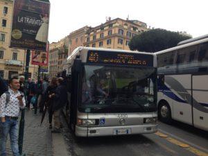 referendum, un autobus alla fermata