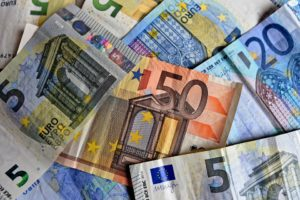 Tassi d'interesse, banconote euro