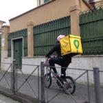 Ciclofattorini, Rider pedala per consegnare un pasto