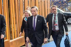 Euro stupido, Mario Draghi