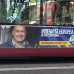 Europee, pubblicità elettorale di Zingaretti su un autobus dell'Atac a Roma