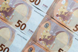 Sfiducia dei risparmiatori, banconote di euro