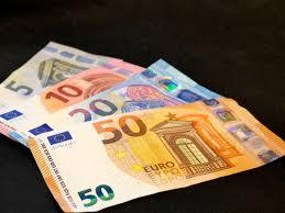 Crescita, banconote di euro