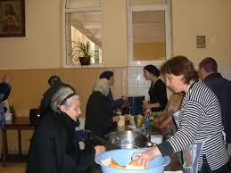 Povertà diffusa, mensa della Caritas per i poveri