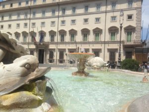 Bacio Salvini-Di Maio, Palazzo Chigi