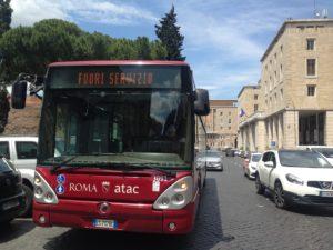 Sciopero generale a Roma, autobus fuori servizio