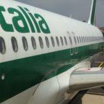 Offerta vincolante, fiancata di un aereo Alitalia