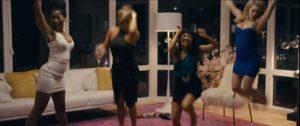 """Le garazze di Wall Sreet, una scena de """"Le ragazze di Wall Street"""""""