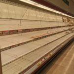 Covid-19, Incetta di alimentari nei supermercati di Milano