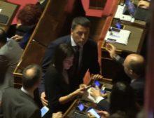 Pre crisi, Matteo Renzi tra i banchi del Senato