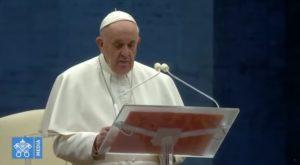 Europa, Il Papa prega per la fine della pandemia