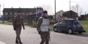 """Lodi, Posto di blocco dell'esercito nella ex """"zona rossa"""" di Lodi"""