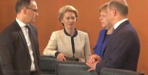 Europa, Ursula von der Leyen e Angela Merkel
