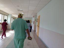 Personale sanitario, Un chirurgo