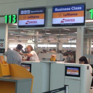 trasporto aereo, Banchi Lufthansa a Fiumicino