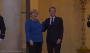 Kurz, Angela Merkel e Emmanuel Macron