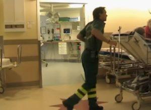 Sanità svedese, Malato trasportato in un reparto di un ospedale svedese