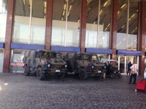 Esercito, Blindati davanti la Stazione Termini a Roma