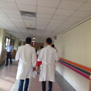 Tampone rapido, Due medici in un ospedale di Roma
