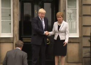 Stanley Johnson, Boris Johnson e Nicola Sturgeon