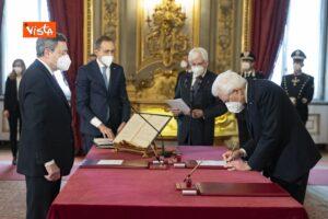 Dimissioni Zingaretti, Mario Draghi giura al Quirinale